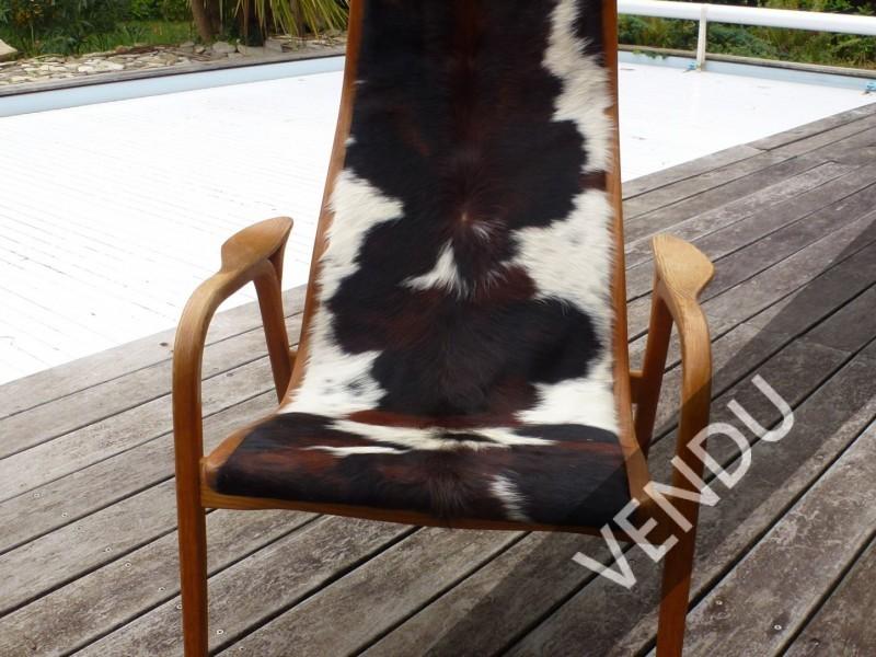 Made in Suede pour le fauteuil Lamino édité par Swedese structure en chêne et recouvert de peau