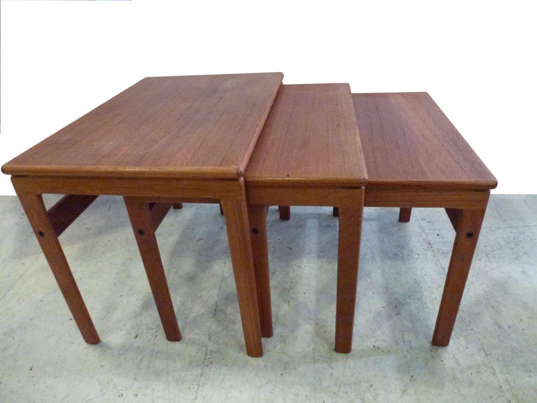 tables gigognes scandinaves interesting table scandinave. Black Bedroom Furniture Sets. Home Design Ideas
