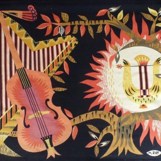"""M Ray pour atelier Robert Four à Aubusson, tapisserie """"Alba""""representant des instruments de musique"""
