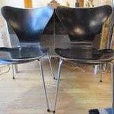 Arne Jacobsen paire de chaises série 7,première édition