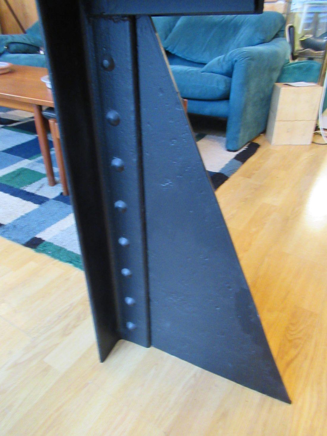 l 39 attrape coeur table d 39 appoint en m tal peint bicolore pied en fonte design industriel. Black Bedroom Furniture Sets. Home Design Ideas